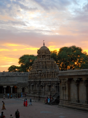 The sun sets in Tanjavur