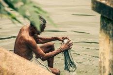 Washing in Varkala