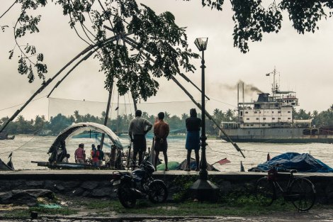 Chinese fishing nets: After the dog fight 2